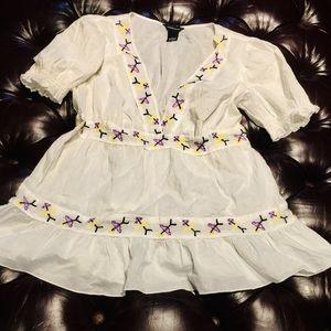 Victoria's Secret Moda floral stitch blouse top s